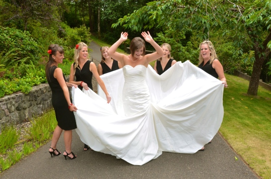 Having fun with her bridesmaids...!!!